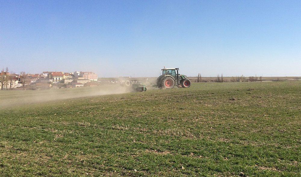 rodillo tractor cereal