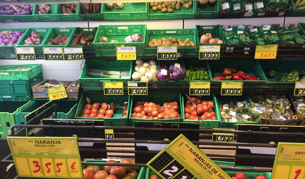 supermercado lineal fruta cebolla ajo verdura
