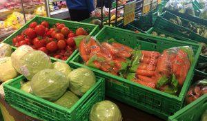 supermercado-lineal-repollo-berza-tomate-zanahoria